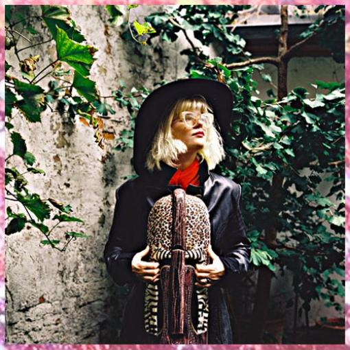 http://jennyschaefer.de/files/gimgs/th-4_BlogwebJennySchäfer_MaryOcher.jpg